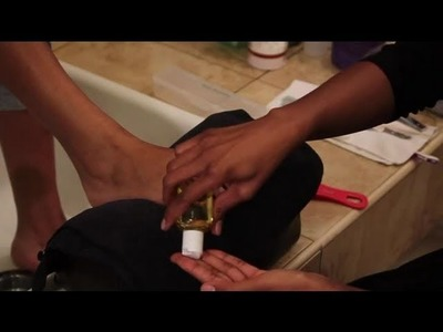 How to Use Castor Oil on Rough, Cracked Heels : Pedicures & Foot Care