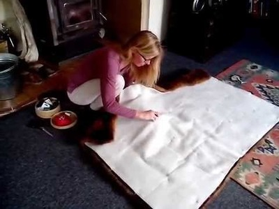 How to Tack Wool Wading onto the Back of a Fur Blanket