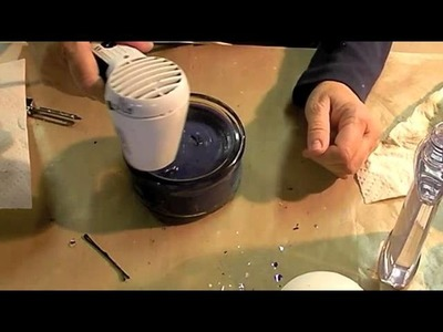 How to refurbish old candles