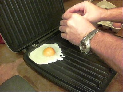 "How to ""Fry"" Eggs on the George Foreman Grill."