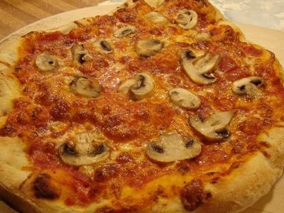 How to Make Home Made Pizza Dough, Homemade pizza recipe