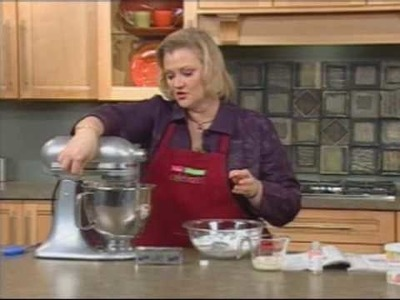 Tips on how to make Wilton's Buttercream Icing from A.C. Moore