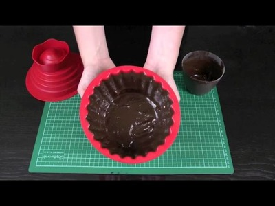 How to Make a Giant Chocolate Cupcake Case. Patty Pan - Giant Cupcake Basics 1