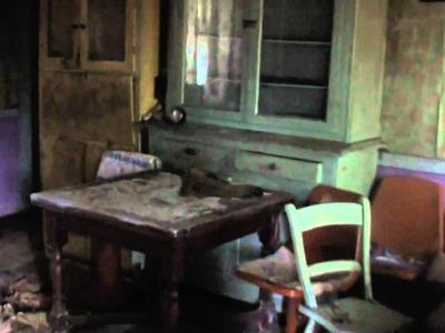 A tour inside a derelict Irish cottage
