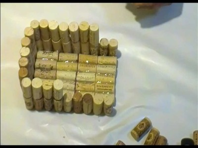 How to make a bird house with wine corks