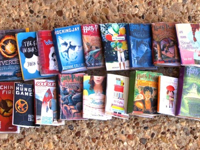 How to Make: Mini Books for your American Girl Doll!