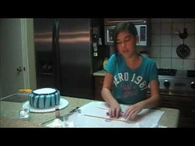 How to make a camouflage and zebra print cake with fondant