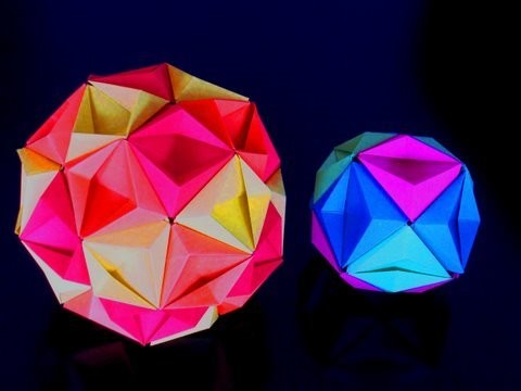 Re: How to make an Origami Kusudama