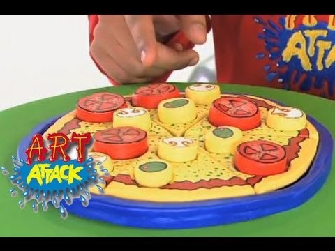 Art Attack - How To Make A PIZZA!! - Disney India (Official)