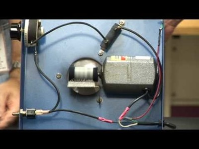 How Does a Van de Graaff Generator Work?