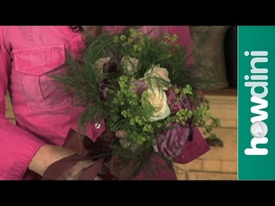 How to make a bouquet - Hand tied flower bouquet