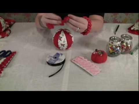 """How to Make Easy, """"No Sew"""" Fabric Christmas Ornaments"""