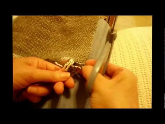 How to Weave on a Loom - Video 18 - Twisting the Fringe