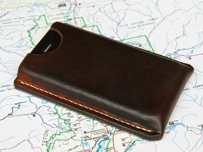 Making a Leather Case for an Apple iPhone 4