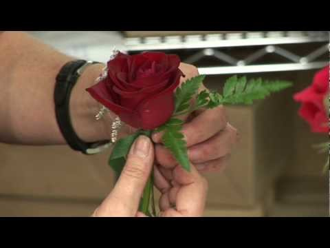 Wedding Flowers & Floral Arrangements : How to Make a Boutonniere for a Wedding or a Prom