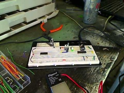 Garage of Evil - Picaxe series - Using a ULN to switch 12v Devices