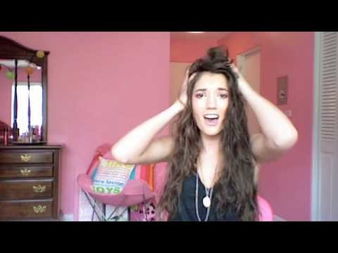 HOW TO: Scrunch Hard To Curl Hair