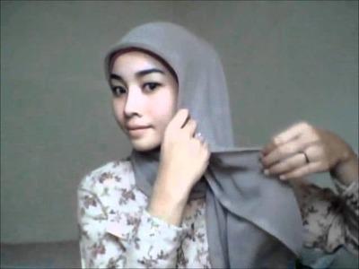 Hijab tutorial #5 - Square Scarf (3 Styles). jilbab.wmv