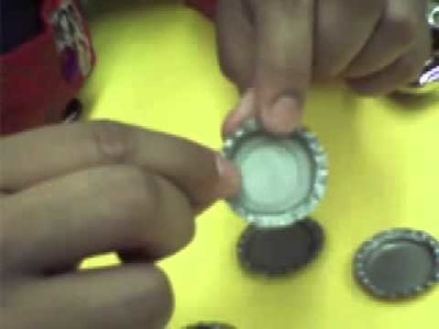 How to prepare and flatten a bottle cap to jewelry