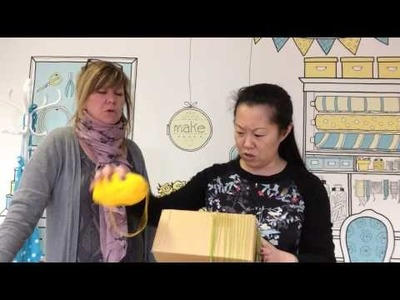 How to Weave a Bag on a Cardboard Box