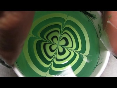 Four Leaf Clover Water Marble Nail Art Tutorial (Water Marble March #6)
