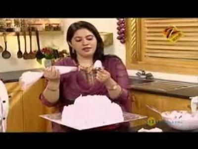 Mahek Strawberry Cake Baking.wmv