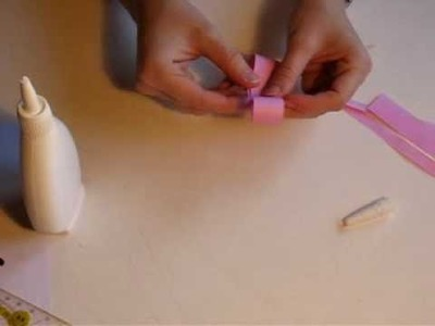 Making a paper ribbon bow