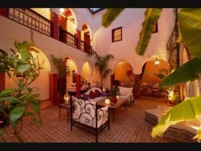 Mosaic tile patterns & designs and moroccan zeillige tile