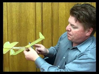 How to fly a Rubber band plane