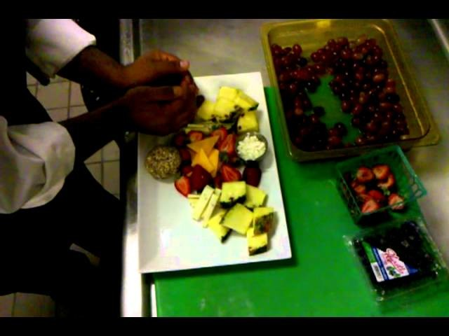 How to Make a Basic Fruit Platter & Fruit & Cheese Plater