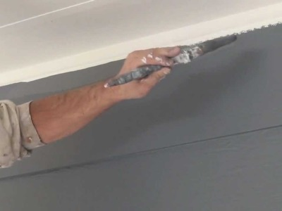 How to cut in paint edges and get a straight ceiling line when cutting in walls.
