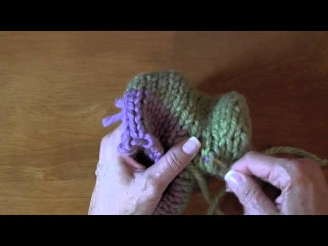 How to do a seam off of waste yarn