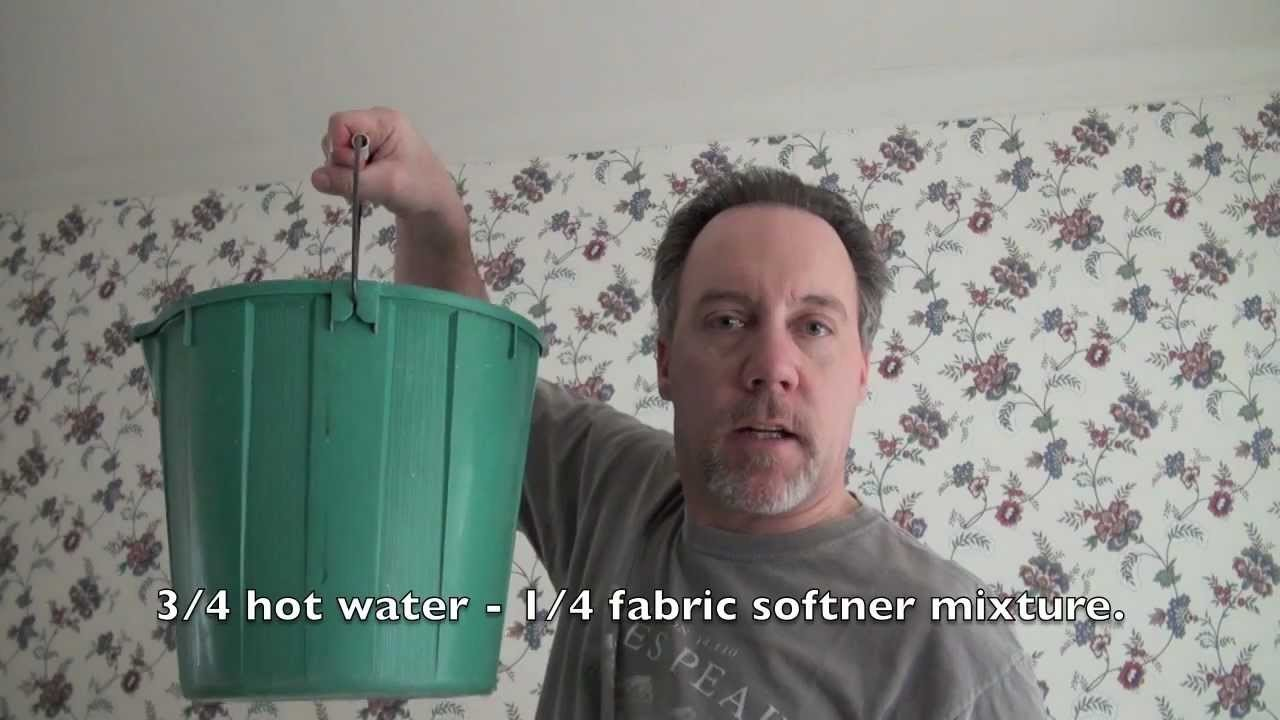HOW TO REMOVE WALL PAPER EASILY and QUICKLY. THE FUN WAY.
