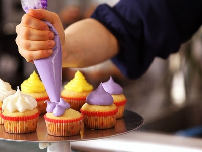5 Cupcake Icing Techniques | Cake Decorating