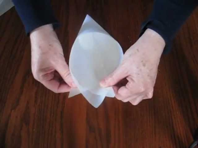 How to make a pastry bag from parchment paper