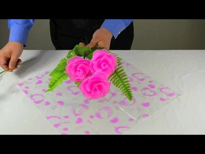How to Wrap a Bouquet of Nylon Flowers
