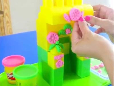 How to Decorate A Block House with Play Doh