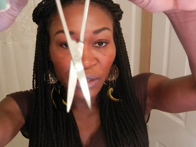 HOW TO CUT OFF THE LACE ON A LACE FRONT WIG