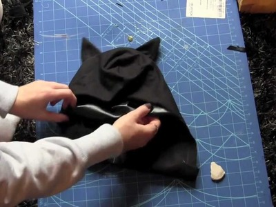 How to make a batman costume for halloween