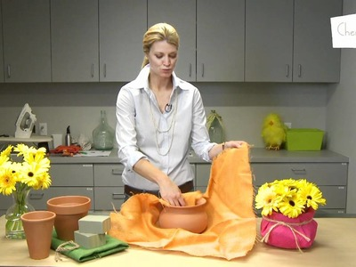 How to make a no-fuss flower centerpiece
