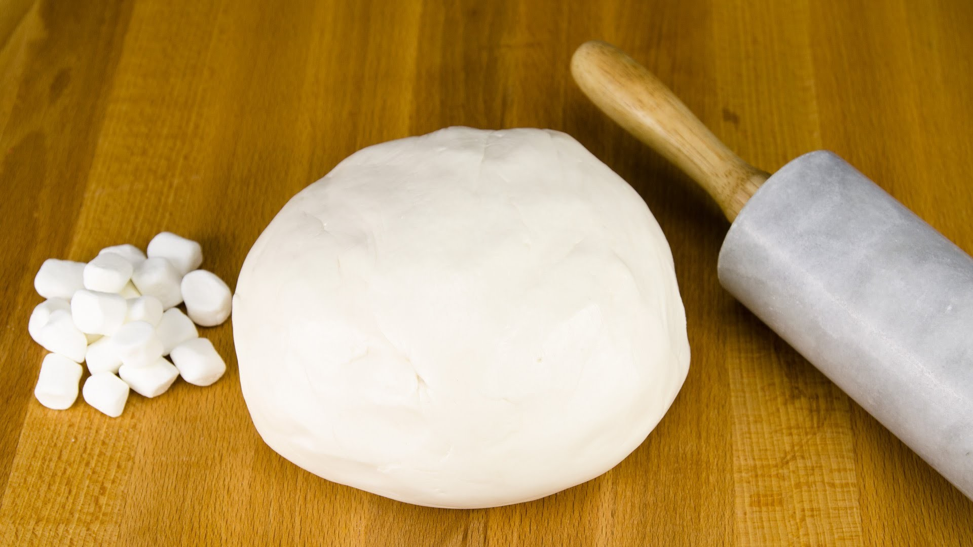 How to Make Fondant: Marshmallow Fondant Recipe from Cookies Cupcakes and Cardio