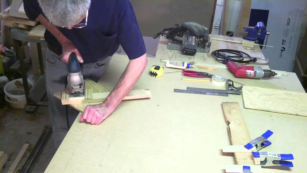 How to Cut a Circle with a Jigsaw