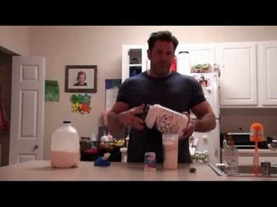 How to make the best protein low calorie shake and drink. Fat burning protein (protien) shakes.