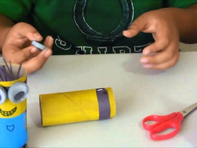 How to make a minion out of a toilet paper tube