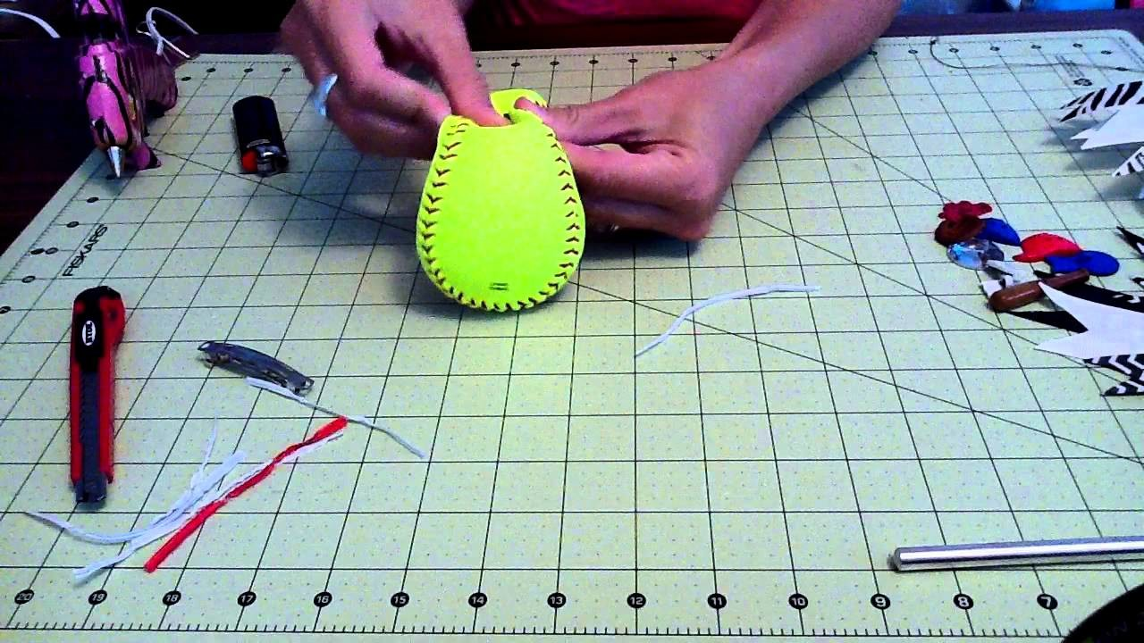 How to make a softball bow?