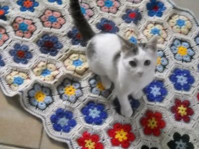 Crochet a Beautiful African Flower Blanket - DIY Home - Guidecentral