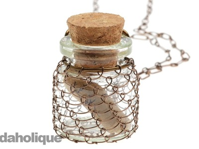 How to Make Wire Netting Around a Bottle