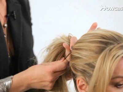 How to Create a Messy Ponytail | Cute Hairstyles