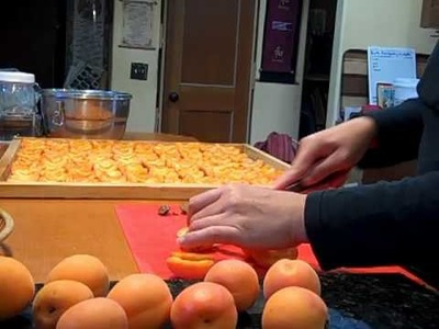 How To Dry Apricots