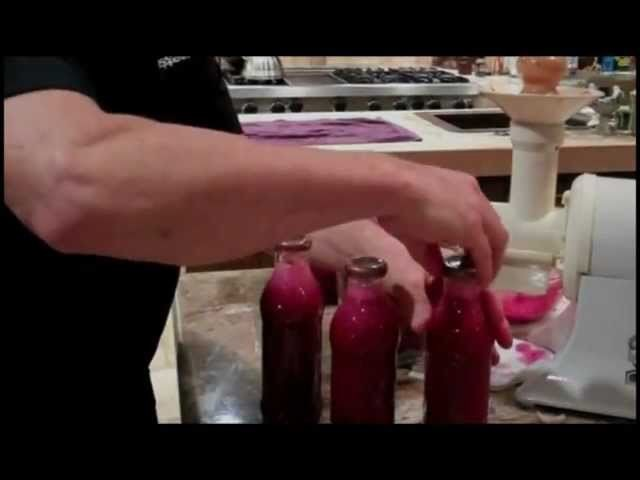 How to Make Superfood Frank's Raw Beet Juice Drink
